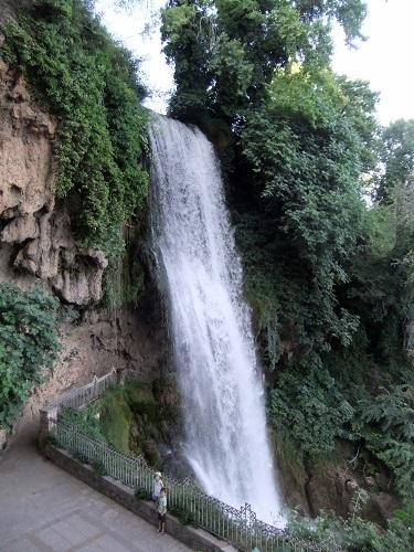 エデッサの滝 (2)
