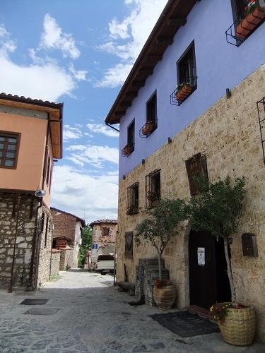 エデッサ_ヴァロシの集落 (3)