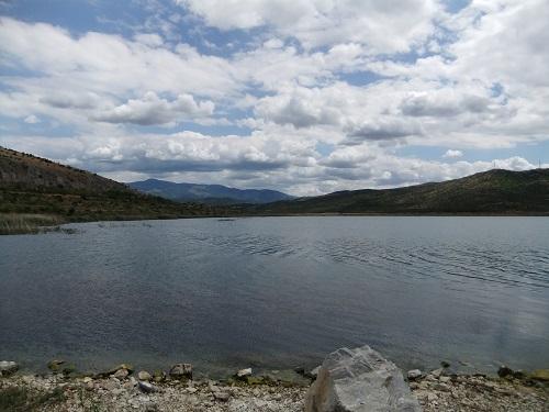 アルニサの湖 (1)