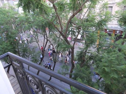 アテネ_アシナス通りでデモ