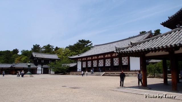 回廊と大講堂