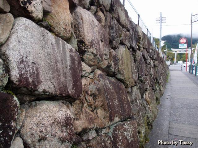 穴太積みの石垣