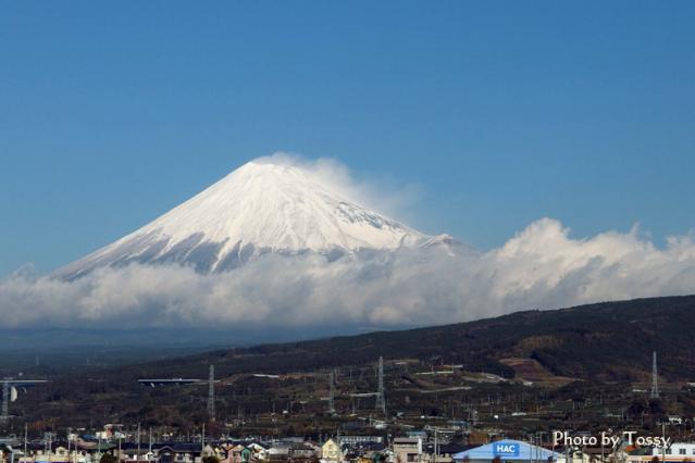 新雪の富士