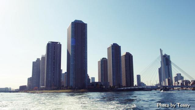 大川端リバーシティと中央大橋