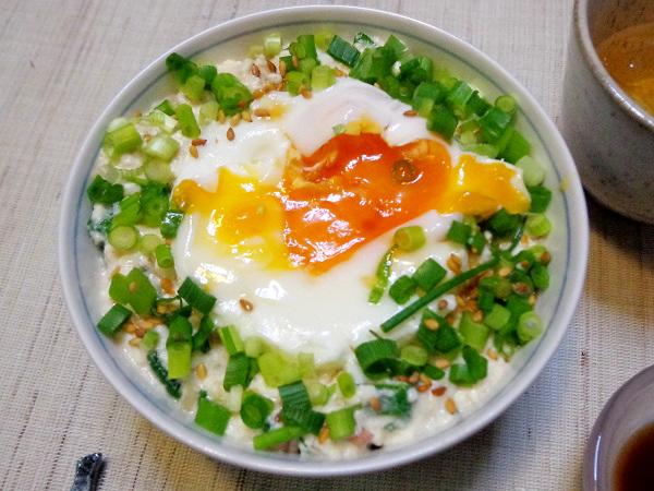 豆腐飯 目玉焼き添え01
