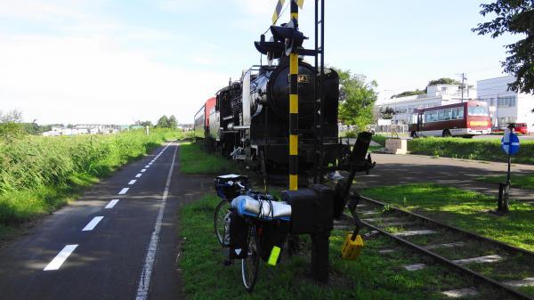 2810自転車道機関車_convert_20120910235409