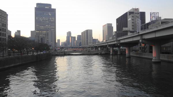 14堂島川_convert_20130113003438