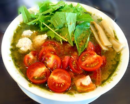 冷しトマト塩ラーメン