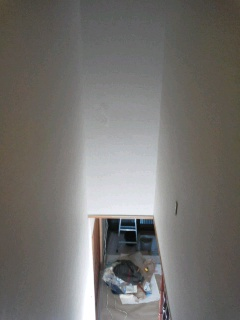階段室クロス貼