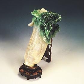 故宮博物院ー翡翠製の「白菜」
