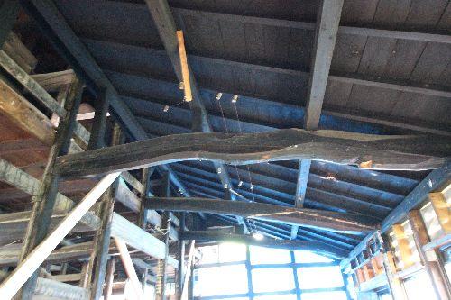 古民家台所下屋の天井と梁