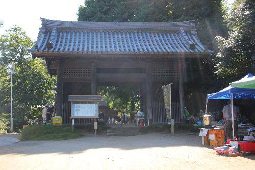 上総国分寺入り口と仁王門