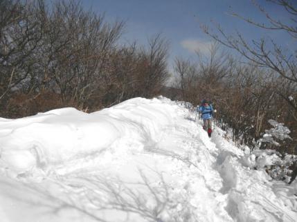 雪の稜線道
