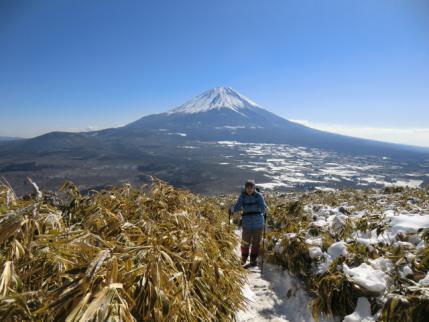 富士山を背中に