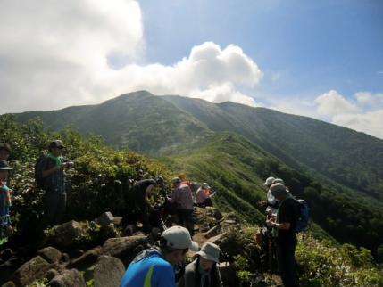 松手山から平標山頂