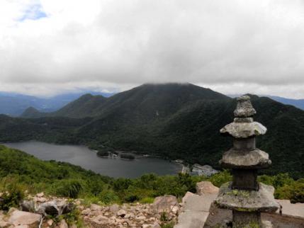 黒檜山は雲が