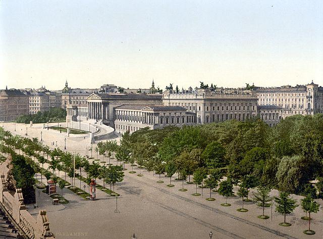 640px-Wien_Parlament_um_1900.jpg