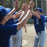 初回先頭打者本塁打を放った村岡2