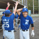 2回表、鎌田が3号2点本塁打を放つ