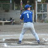 5回表、田中が二塁打を放つ