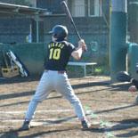 6回表、先頭の李が二塁打で出塁