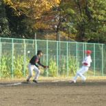 1回表、投ゴロで三塁タッチアウト