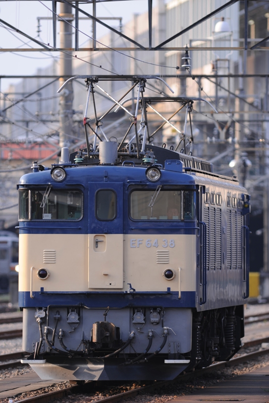 EF64 38