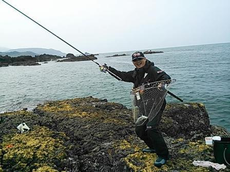 20130529 若さん今期初メジナ