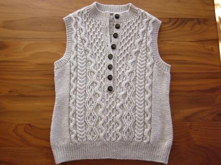 121029 zip-up vest1