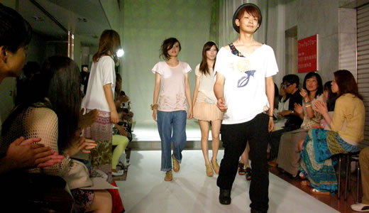 神戸ファッション専門学校作品発表会・KFI MOVE 2012(2)-3