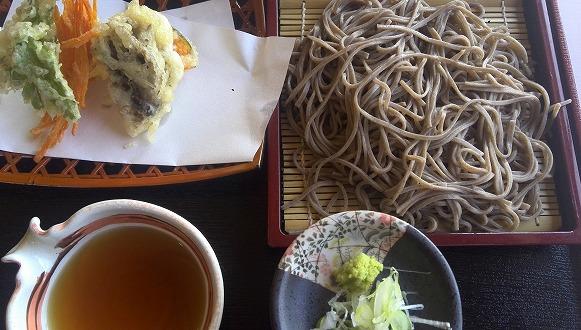 野菜天ぷらとおそば