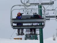 ロッキ山脈 BIG ゲレンデ ゴンドラ,リフトと繋げて山頂へ