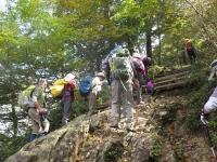 13:59 急登木の階段が続く