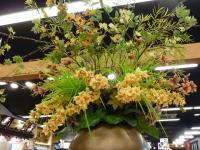 関SAでの夕食と休憩お花がたくさん飾られて心癒されるSA