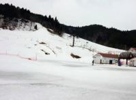 9;30 メルヘンコース 標高1,125m メルヘンコースはアイスバーンバーン!!
