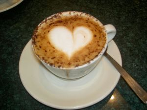 http://blog-imgs-51.fc2.com/k/o/s/kosstyle/heart_of_capuccino.jpg