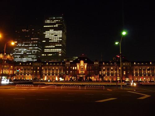 夜の東京駅2012-01