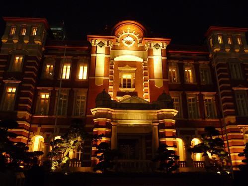 夜の東京駅2012-04