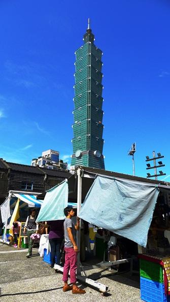 7シンプルマーケット&101タワー