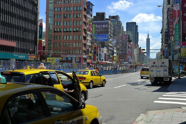 1-1タクシー