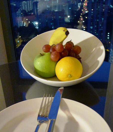 4 フルーツ
