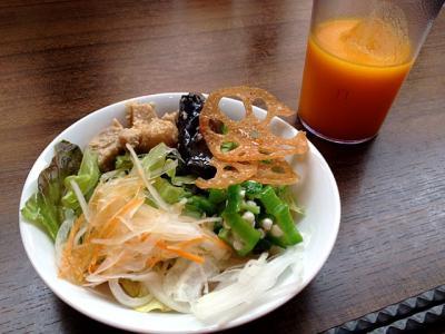 小野サラダ