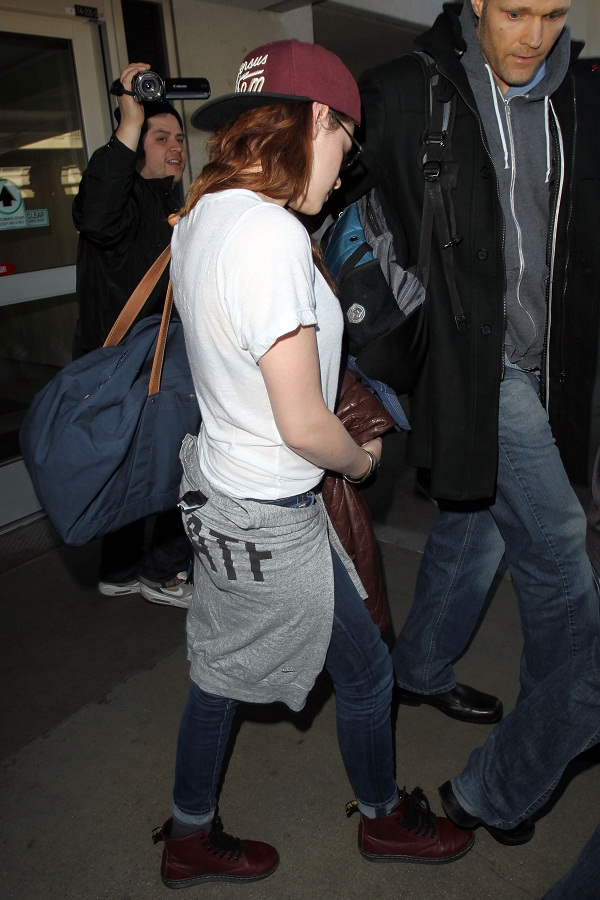 Kstewartfans LAX (16)
