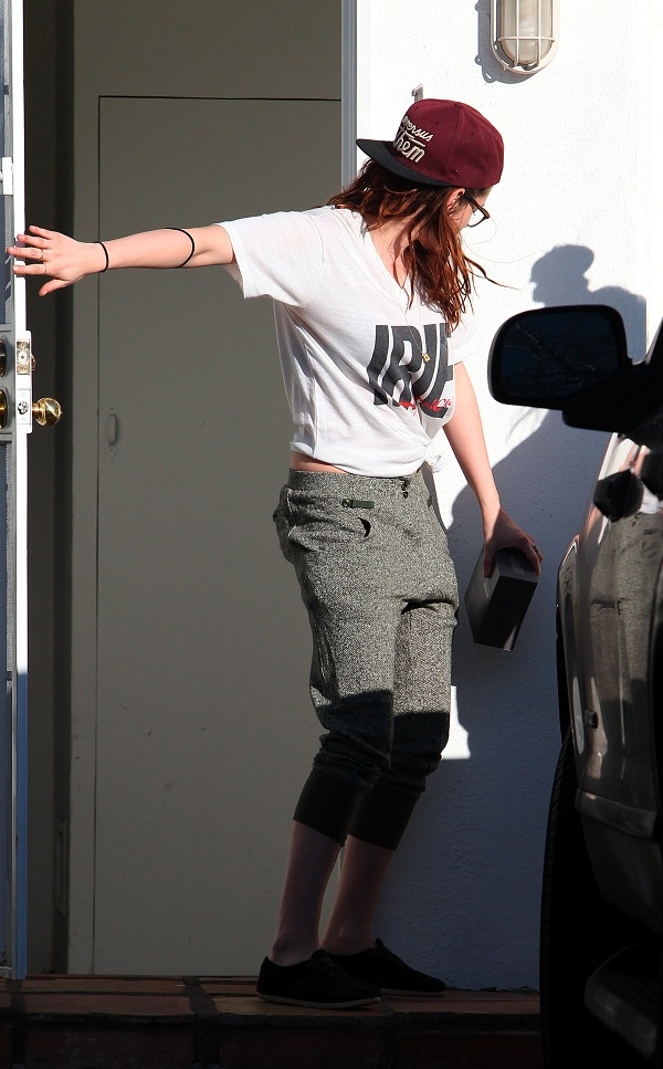 Kstewartfans Feb 26, 2013 (2)