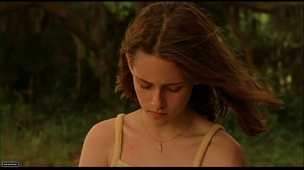 DVD-Screen-Captures-Undertow-kristen-stewart-23952514-1130-634.jpg
