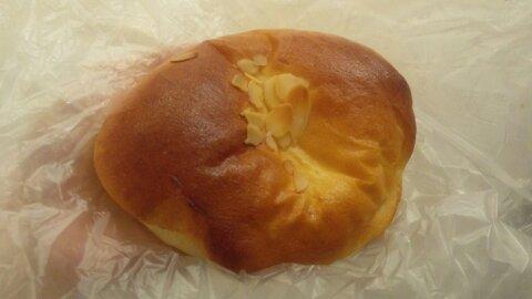 イリエクリームパン①