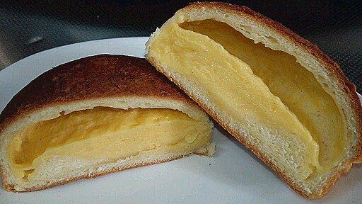 メールクリームパン②