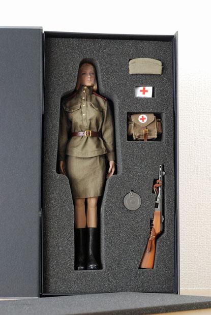 ソビエト赤軍女性兵士02