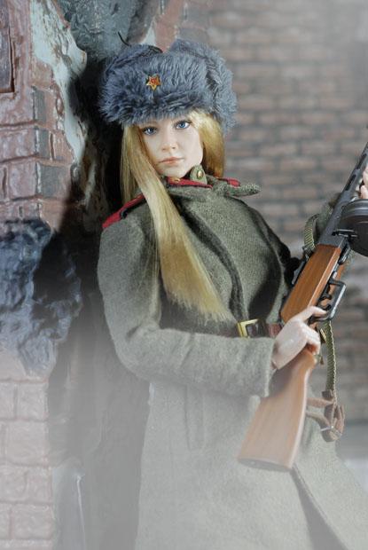 ソビエト赤軍女性兵士07