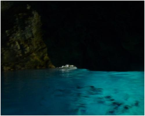 洞窟の中2